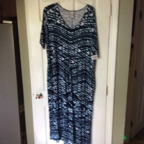 fd18b093d06 2X New Maxi Dress Navy White Tie Dye Look